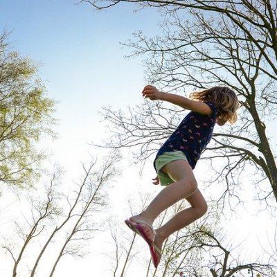 trampoline-2227668_640